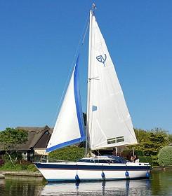 Vacances à la voile traditionnelles Norfolk Broads - Broads Yachts classiques et modernes à louer.